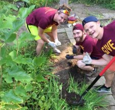 Gannon University Volunteers Set to GIVE Back to Their Communities